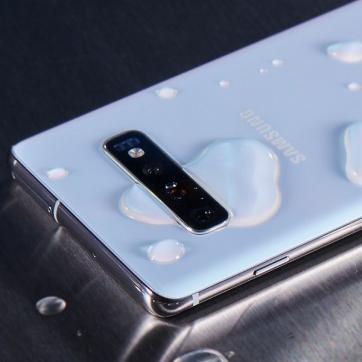 Telefony Samsung, które nie boją się wody